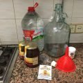 Mead ingredients - honey, water and yeast
